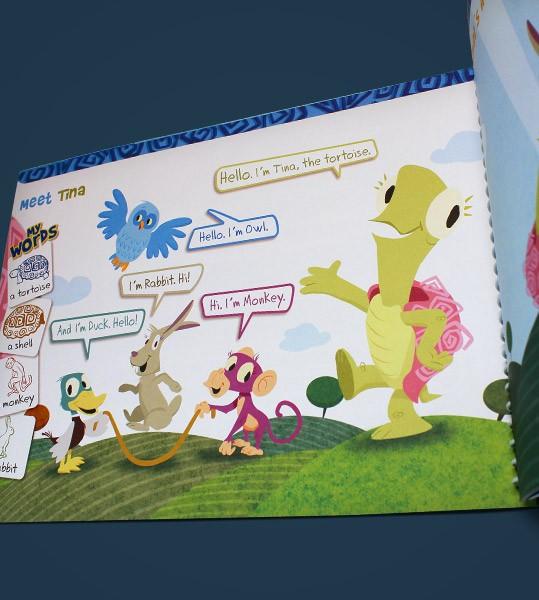 """Uma tartaruga, um pato, um coelho, uma coruja e um macaco apresentam o curso """"Play in English"""", voltado para crianças de 7 anos, produzido especialmente para a Cultura Inglesa.  O material…"""